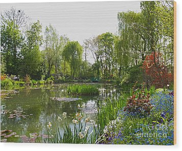 Monet's Water Garden At Giverny Wood Print by Alex Cassels