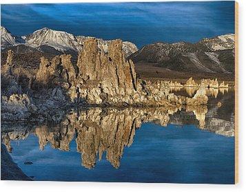 Mono Lake In March Wood Print