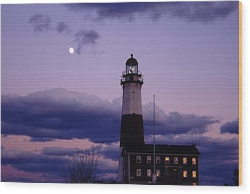 Montauk Lighthouse With Moon Wood Print by Bradford Martin