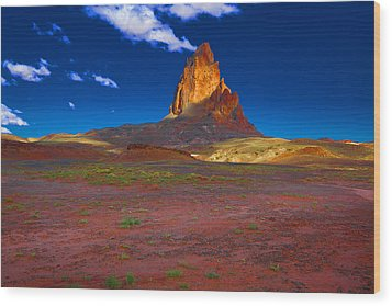Wood Print featuring the photograph Monument Valley Utah Usa by Richard Wiggins