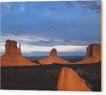 Monument Valley @ Sunset 2 Wood Print by Jeff Brunton