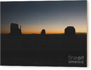 Monument Valley Sunrise Wood Print by Jeff Kolker