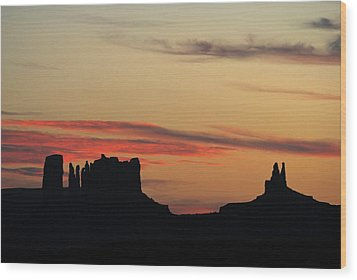 Monument Valley Sunset 1 Wood Print by Jeff Brunton