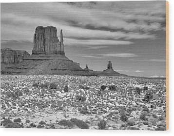 Monument Valley Winter Wood Print by Mel Felix