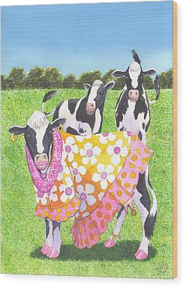 Moo Moo Wood Print by Catherine G McElroy