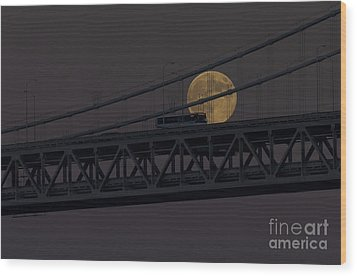 Wood Print featuring the photograph Moon Bridge Bus by Kate Brown