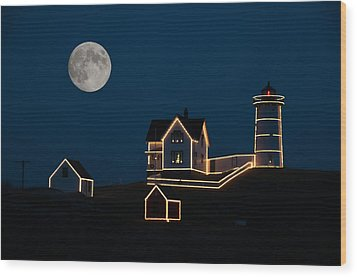 Moon Over Cape Neddick Wood Print by Guy Whiteley