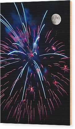 Moon Over Red White And Blue Starburst- July Fourth - Fireworks Wood Print by Penny Lisowski