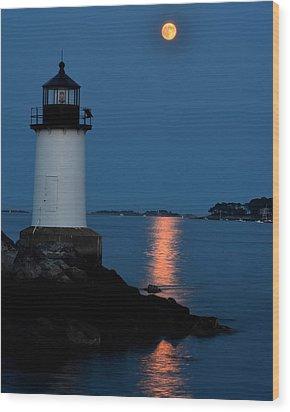 Moon Over Winter Island Salem Ma Wood Print