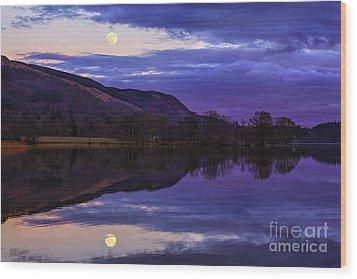 Moon Rising Over Loch Ard Wood Print by John Farnan