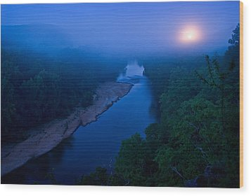 Moon Setting Over The Current River Wood Print by Robert Charity