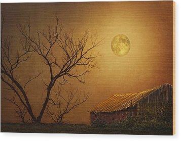 Moonglow Over Polenz Ranch Wood Print by Nikolyn McDonald