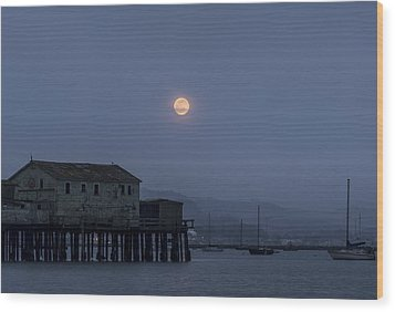 Moonrise Over The Harbor Wood Print