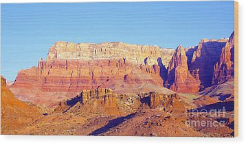Morning At Vermillion Cliffs And Cathedral Canyon Wood Print by Douglas Taylor