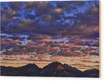 Morning In The Mountains Wood Print by Don Schwartz