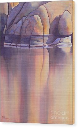 Morning Reflection Wood Print by Robert Hooper