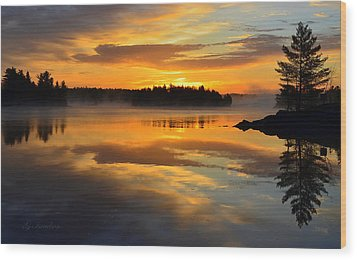 Morning Serenity Wood Print by Gregory Israelson