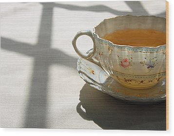 Wood Print featuring the photograph Morning Tea by Brooke T Ryan