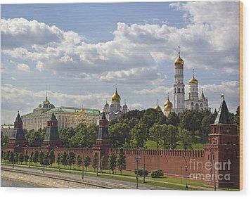 Moscow Kremlin Wood Print by Elena Nosyreva