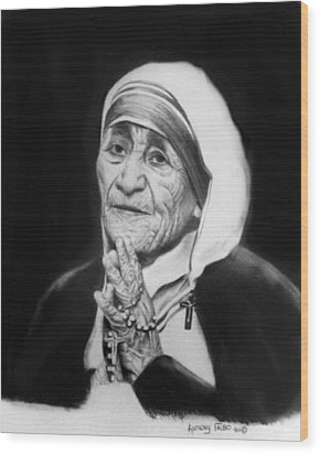Mother Teresa Wood Print by Anthony Falbo