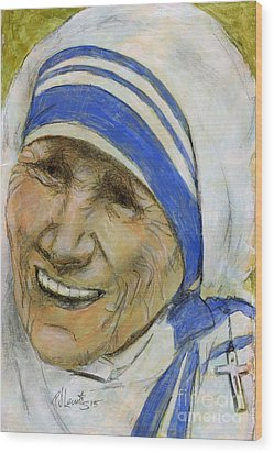 Mother Teresa Wood Print by P J Lewis