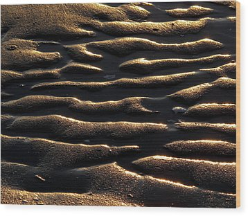 Wood Print featuring the photograph Moulded Sand by Suzy Piatt
