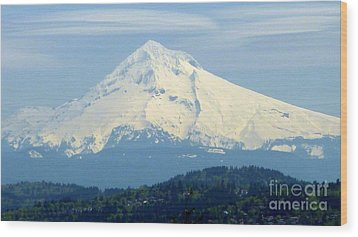 Mount Hood  Wood Print by Susan Garren