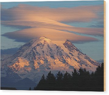 Mount Rainier In November  Wood Print