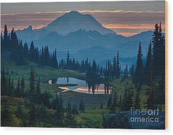 Mount Rainier Layers Wood Print