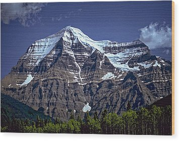Wood Print featuring the photograph Mount Robson by Richard Farrington