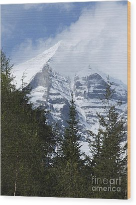 Mount Robson - Spindrift Wood Print by Phil Banks