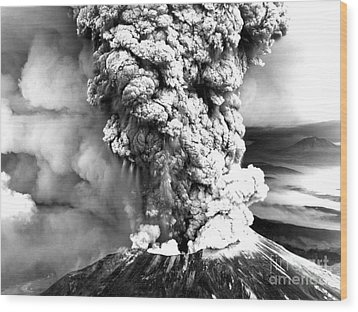 Mount St Helens Eruption Wood Print by Usgs