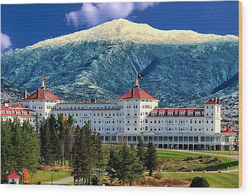Mount Washington Hotel Wood Print