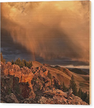 Mountain Drama Wood Print by Leland D Howard