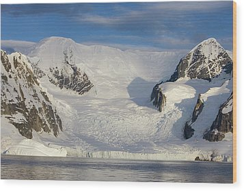 Mountains And Glacier At Sunset Wood Print by Suzi Eszterhas