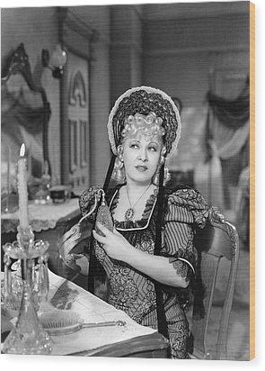 Movie Star Mae West Wood Print by Underwood Archives