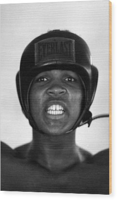 Muhammad Ali Teeth Gritted Wood Print by Retro Images Archive