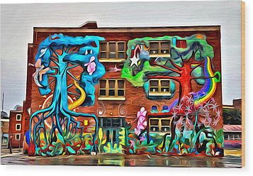 Mural On School Wood Print by Alice Gipson