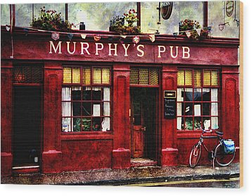 Wood Print featuring the photograph Murphy's Pub by Brian Tarr