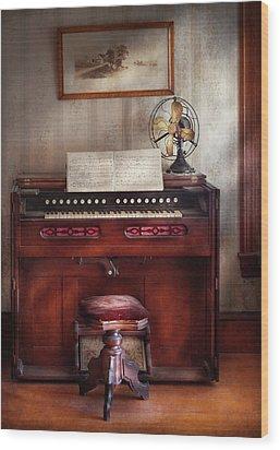 Music - Organist - My Grandmothers Organ Wood Print by Mike Savad