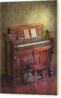 Music - Organist - Playing The Songs Of The Gospel  Wood Print by Mike Savad