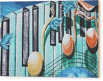 Musical Notes In Deep Ellum Wood Print by Lorri Crossno