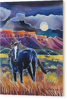 Mustang In The Moonlight Wood Print by Harriet Peck Taylor