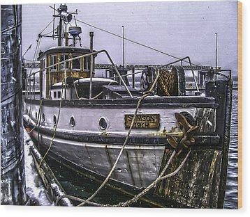 Mv Stimson R Wood Print by Timothy Latta