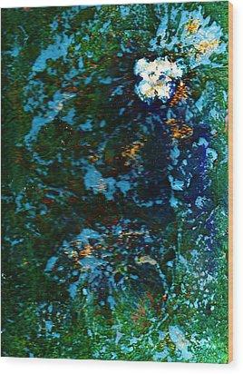 Mysterious Flower Under The Sea Wood Print by Anne-Elizabeth Whiteway