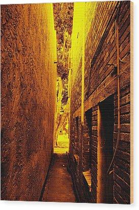Narrow Way To The Light Wood Print by Glenn McCarthy Art and Photography