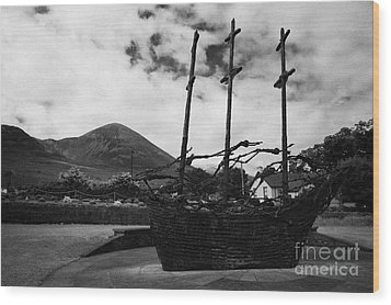 National Famine Memorial The Skeleton Ship By John Behan Beneath Croagh Patrick Mayo Wood Print by Joe Fox
