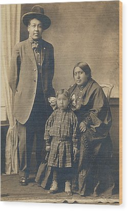 Wood Print featuring the photograph Native American Family by Paul Ashby Antique Image