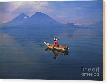 Native Mayan Fisherman On Lake Atitlan Wood Print by Thomas R Fletcher