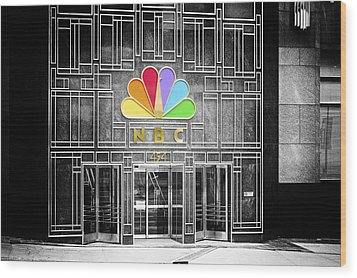 Nbc Facade Selective Coloring Wood Print by Thomas Woolworth